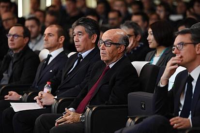 Chefe da MotoGP é condenado a pagar multa milionária