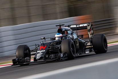 Satisfait de la fiabilité, Alonso attend de voir pour la performance