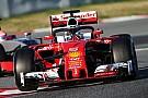 Vettel lidera sessão marcada por novo teste do conceito Halo