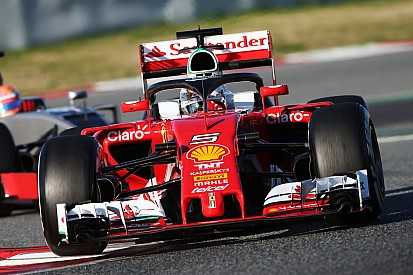 Formel-1-Test in Barcelona: Sebastian Vettel Schnellster, Getriebesalat bei Mercedes