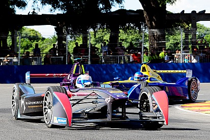 Формула Е объявила тендер для производителей батарей и шасси