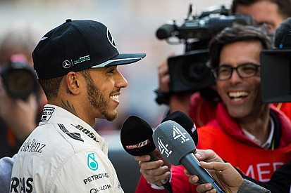 """""""Estoy feliz de haber roto la máquina al final de la prueba"""", dice Hamilton"""