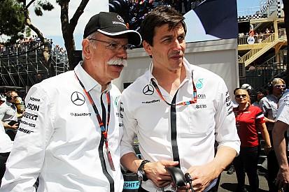 Mercedes contrariata dalle critiche di Ecclestone