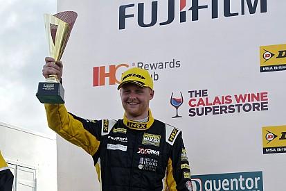 MG signs Cook, Sutton for 2016 BTCC season