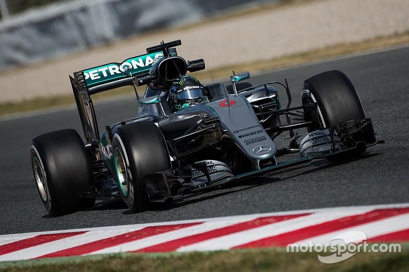 Rosberg und Hamilton erwarten einen harten Kampf zwischen Mercedes und Ferrari