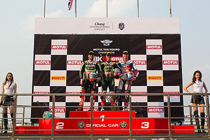 Van der Mark derde in eerste race in Thailand na behalen pole