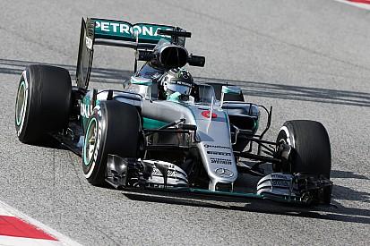 Piloti Mercedes: le nuove regole un bene per lo spettacolo