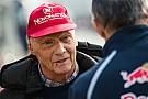 Lauda chama novo formato de classificação da F1 de estúpido