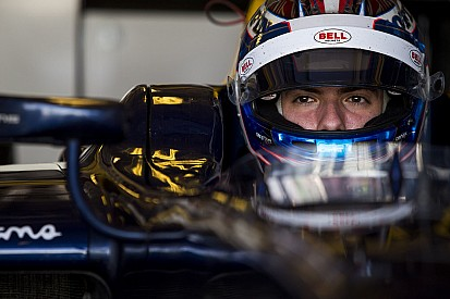 Renault confirma Latifi como piloto de testes