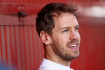 """Vettel scrive ai tifosi: """"Siamo sulla strada giusta. Vogliamo fare bene"""""""