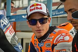 """MotoGP Conferencia de prensa """"Con esta electrónica la moto no da ninguna vuelta igual"""", explica Márquez"""