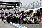 Grosjean e Haryanto protagonizam incidente bizarro nos pits