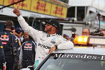 """Hamilton: """"Il giro della pole è sexy! Qualifiche, spettacolo scarso"""""""