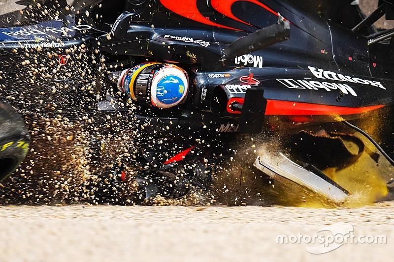 Halo não teria atrapalhado situação de Alonso, diz Button