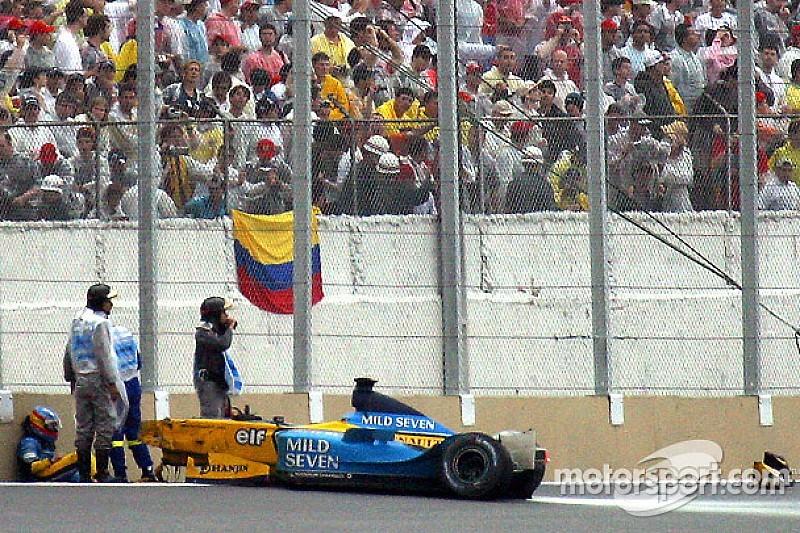 Fotostrecke: Die Formel-1-Unfälle von Fernando Alonso