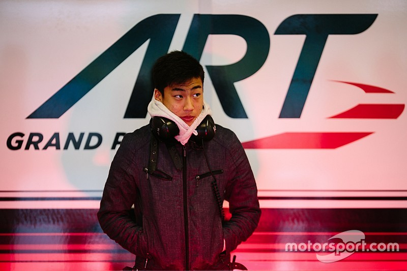 Fukuzumi topt eerste dag GP3 test Estoril