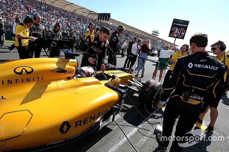 """Renault - Bell note des """"similitudes"""" avec Mercedes"""