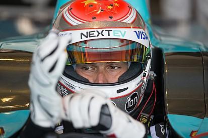 Traçado de alta velocidade anima Piquet em Long Beach