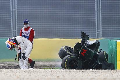 Alonso souffre d'un pneumothorax et de côtes cassées