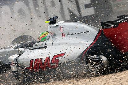 """Gutierrez: """"Niet Alonso maar kraan beschadigde mijn chassis"""""""