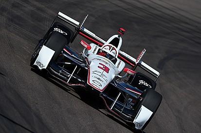 IndyCar Phoenix: Castroneves auf Pole-Position, Crash von Munoz