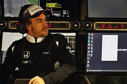 Alonso intentó correr pese a la prohibición de los médicos
