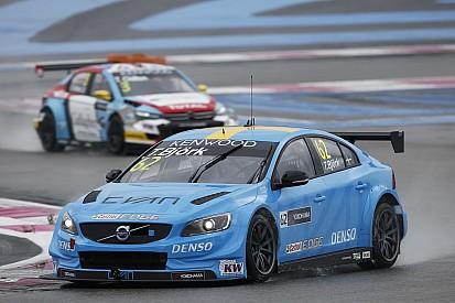 Бьорк вывел Volvo в лидеры финальной тренировки