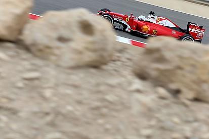 Ferrari neemt de leiding in laatste training, Vandoorne veertiende, Verstappen vijftiende