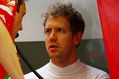 """Vettel: """"Frustrante ritirarsi senza correre. Spero che il motore non sia K.O."""""""