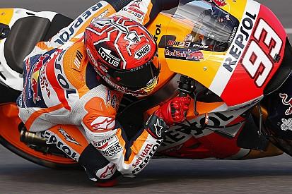 Usando troca de motos, Márquez derrota rivais na Argentina