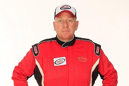 La NASCAR suspend indéfiniment le pilote Derek White