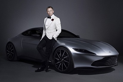 L'Aston Martin DB10 de James Bond en visite à Monaco