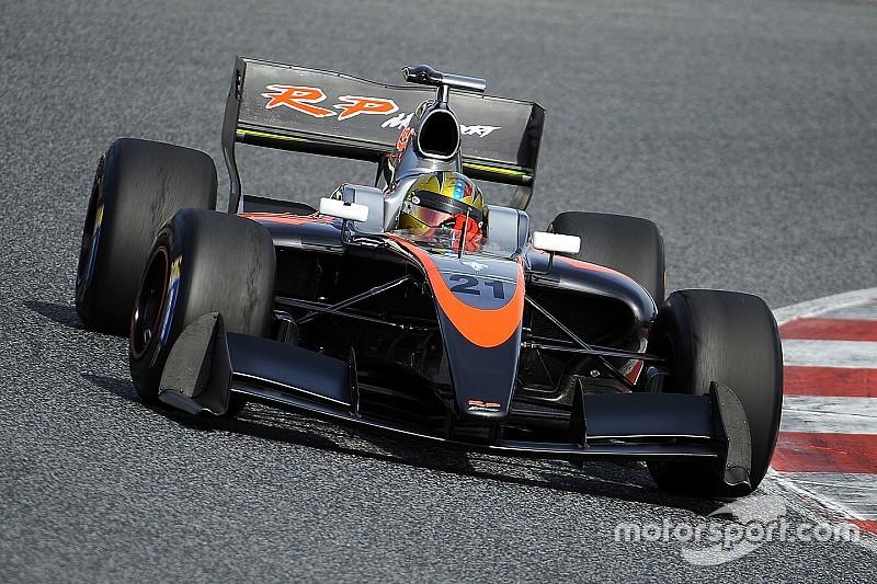 Cecotto en Baptista in Formula V8 3.5 met RP Motorsport