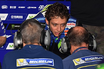 Rossi verzoekt Ducati problemen met achterband op te lossen