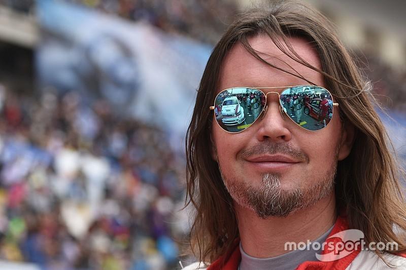 Thompson sur la Chevrolet Münnich Motorsport en Slovaquie
