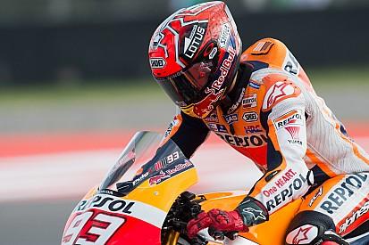 Snelste tijd en crash voor Marquez in tweede training in Austin