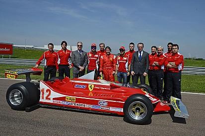 Vidéos - Jacques Villeneuve au volant des F1 de Gilles