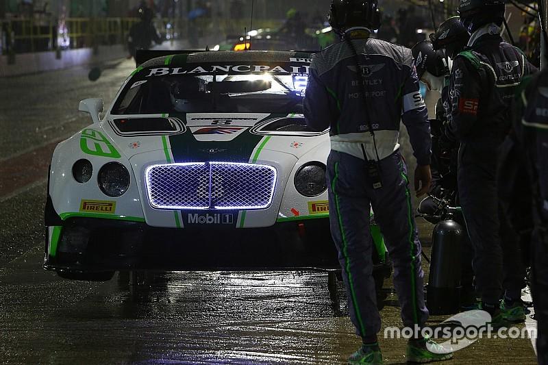 Victoire surprise de Bentley lors de la course qualificative