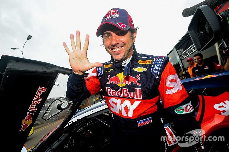 Brazilian V8 Stock Cars: Cacá Bueno extends Velopark's pole position record