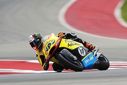 Rins faz pole na Moto2 em treino marcado por forte acidente
