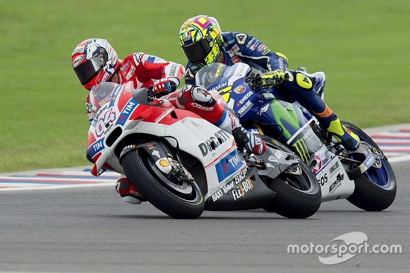 ثنائي دوكاتي واثقان من قدرتهما على منافسىة درّاجَي ياماها خلال السباق
