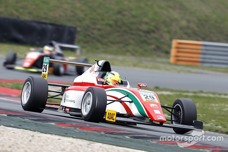 Déjà deux victoires pour Mick Schumacher en F4 Italie