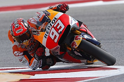 Marquez wint incidentrijke MotoGP-race in Amerika, Rossi crasht