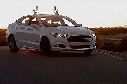 Vidéo - Ford teste sa voiture autonome sans caméras, en pleine nuit