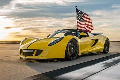 Vidéo - La Venom GT Spyder établit un nouveau record du monde