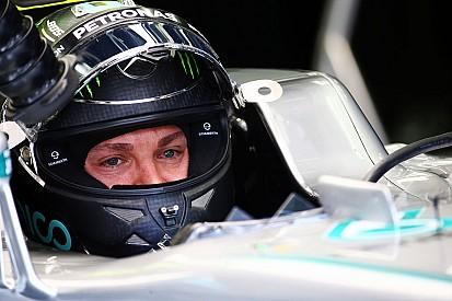 VIDEO: Nico Rosberg pilotó el avión que le llevó a China
