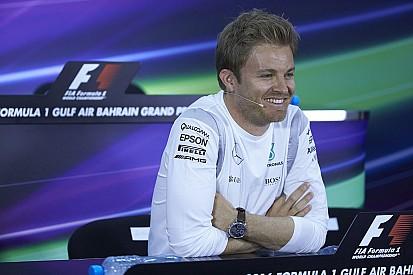 """Rosberg: """"Hamilton lotterà per la vittoria anche con la penalità"""""""