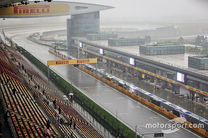 F1中国GP FP3レポート:路面状況をどう読む? ウエットコンディションでベッテル首位