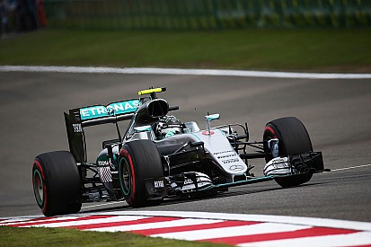 Qualifs - Rosberg en pole, Ricciardo piège les Ferrari !