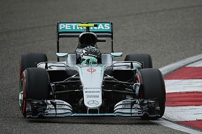 Rosberg s'échappe face à un Hamilton englué